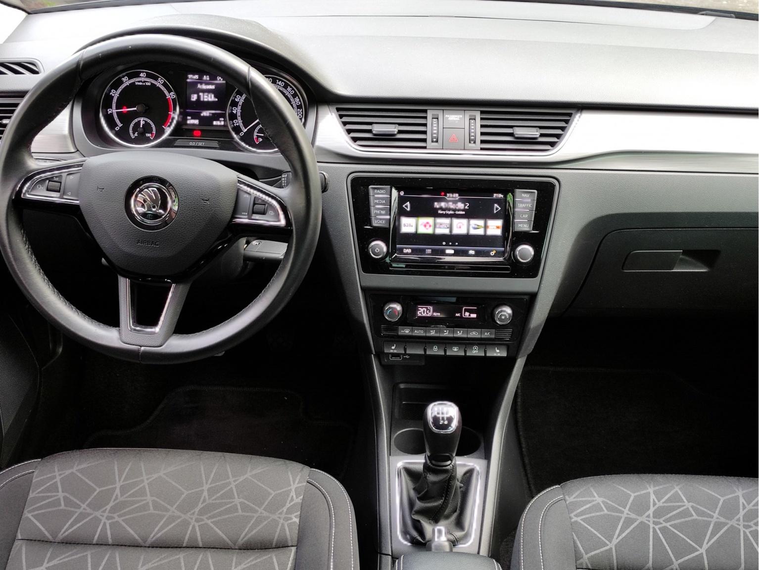 Škoda-Rapid-18