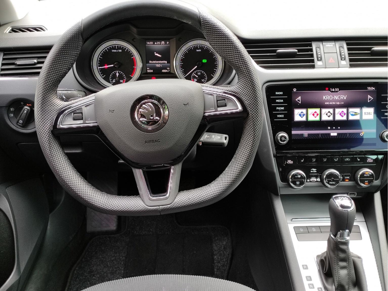 Škoda-Octavia-11