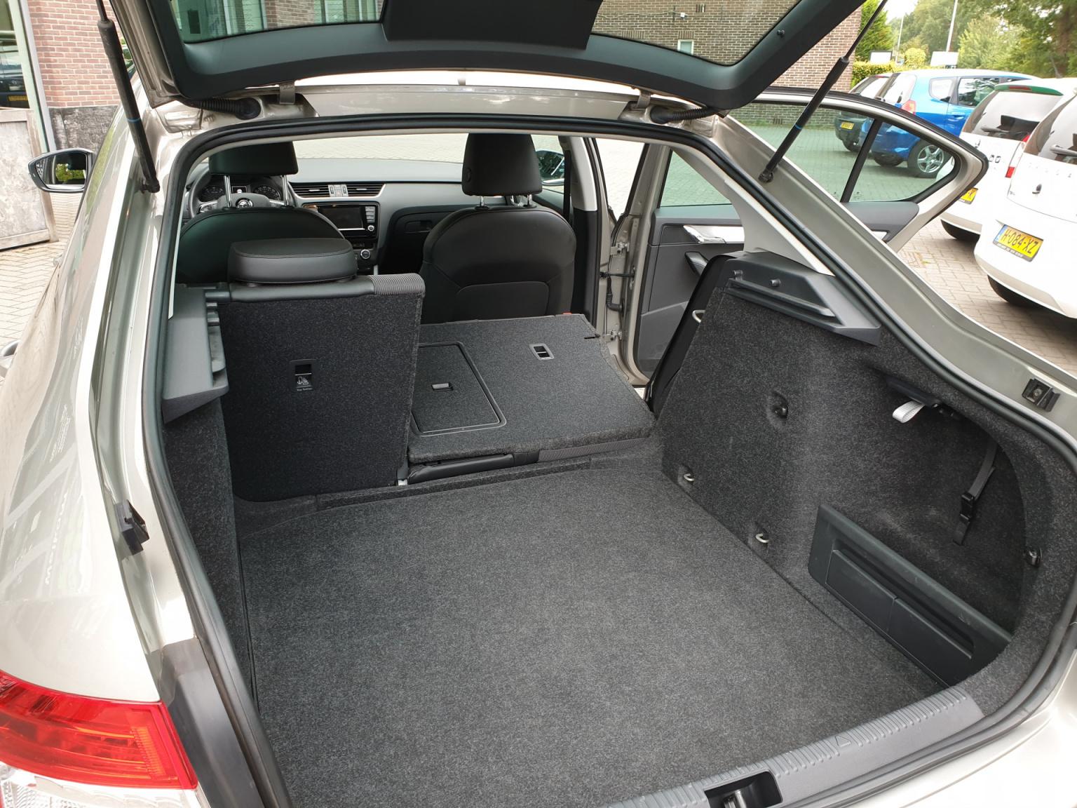 Škoda-Octavia-25