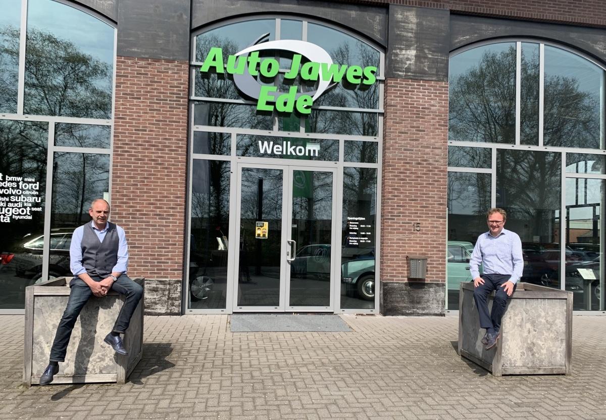 Auto Jawes Ede, showroom weer open!