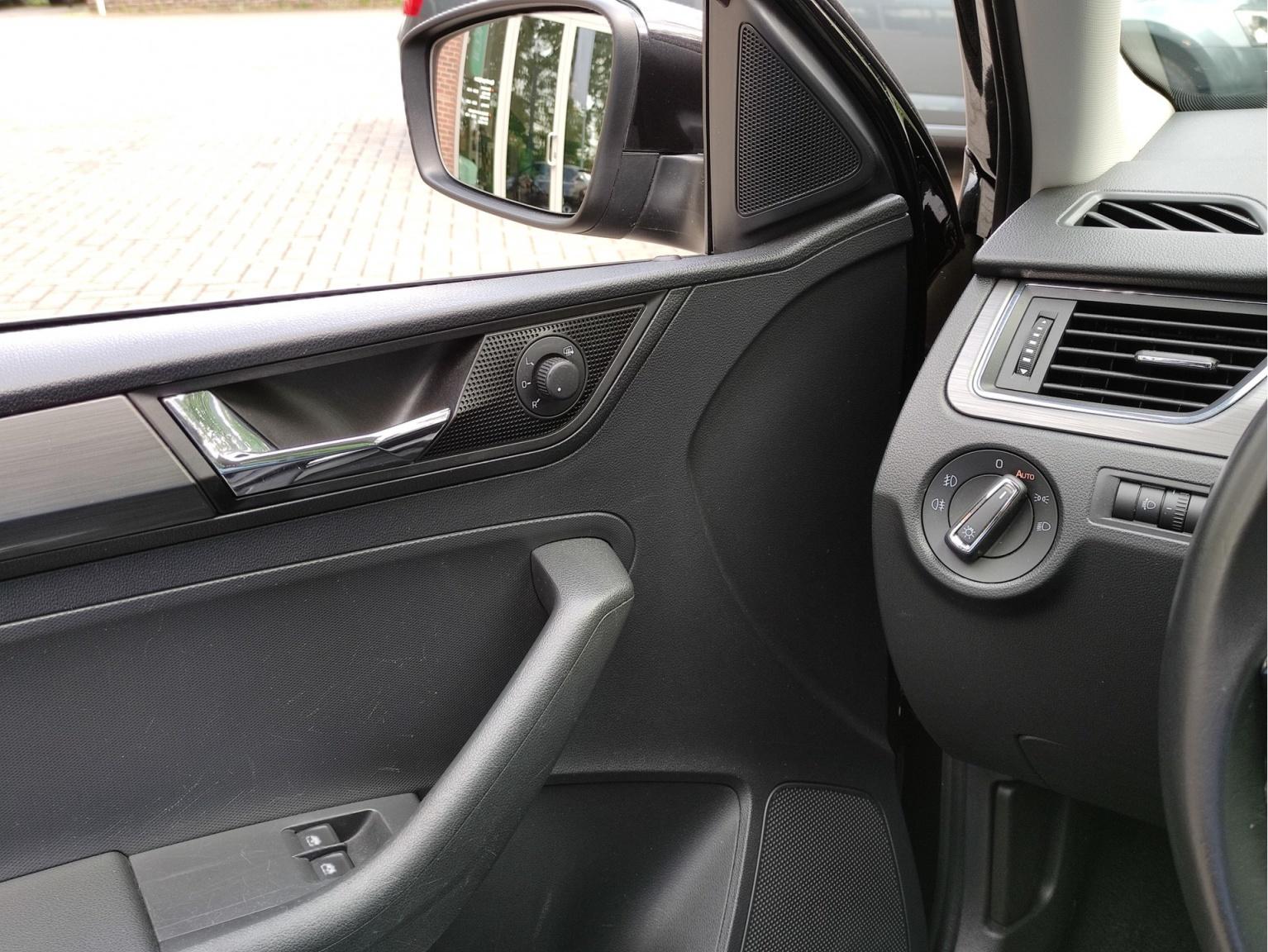 Škoda-Rapid-19