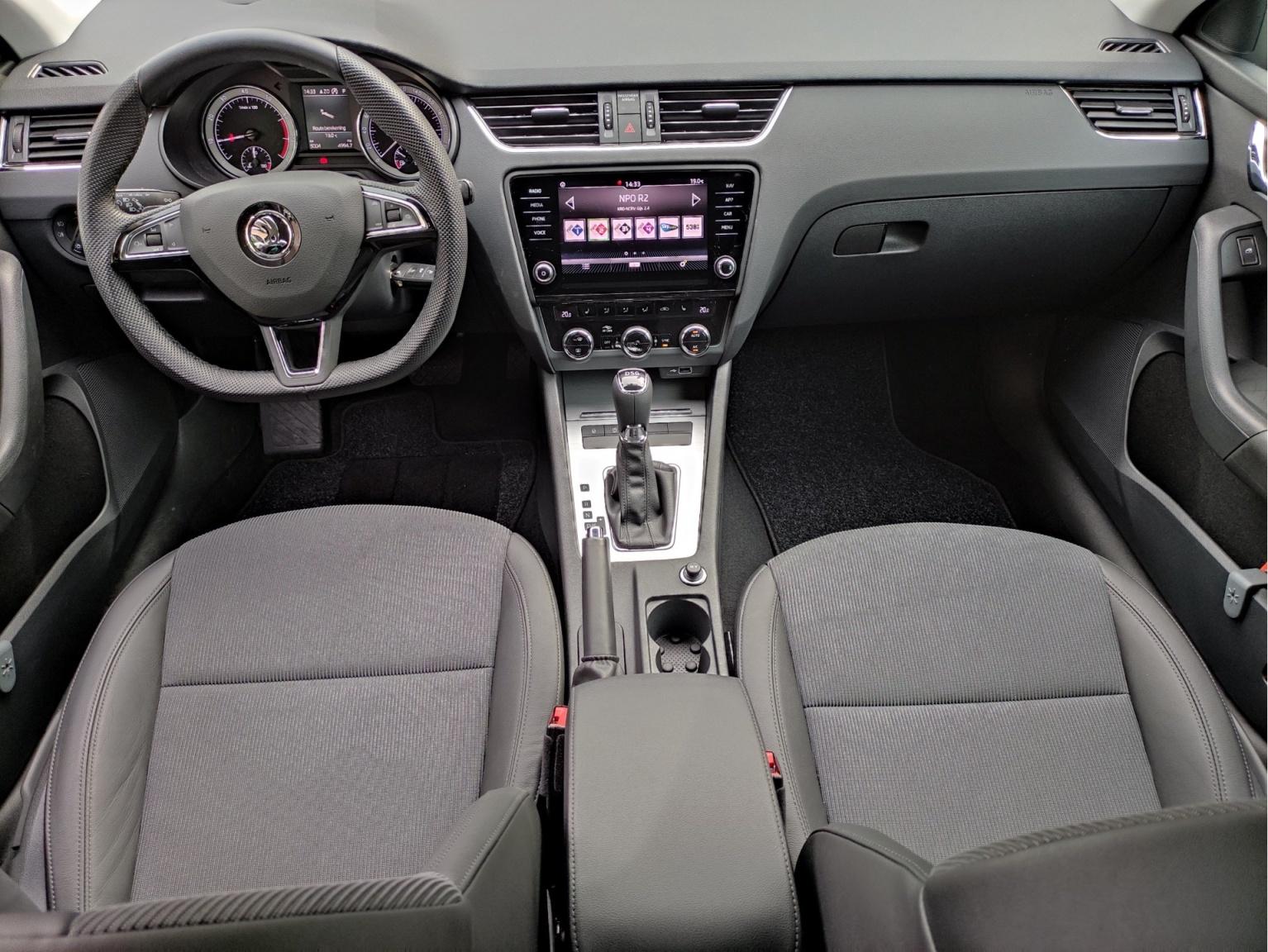 Škoda-Octavia-21